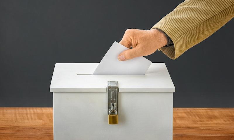 Zwei Beispiele aus Wissenschaft und Politik zeigen: Beziehungsintelligenz ® und Soft Skills im Umgang mit Menschen entscheiden über den Wahlerfolg | von Gross ErfolgsColleg - Stefan F. Gross - Blog & News